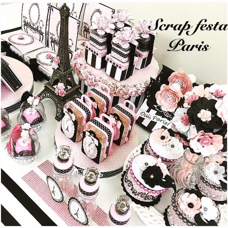 mesa decorada com coleção scrap festa tema Paris