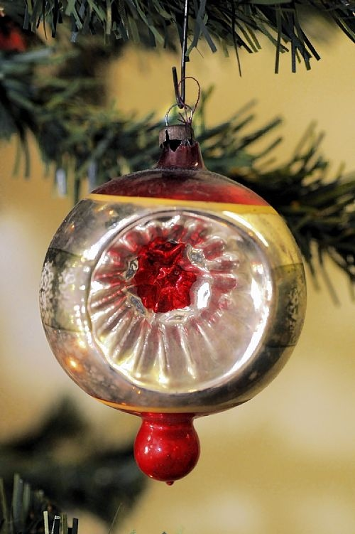 An Open Face Christmas Ornament From The 1950s