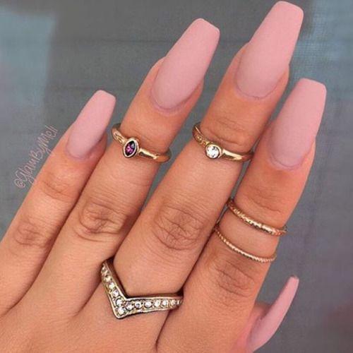 Love the nail colour