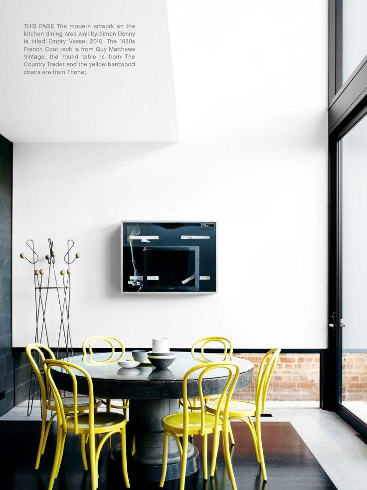 Gele stoelen, ronde tafel. ISSUU - Est Magazine #12 by Est Magazine