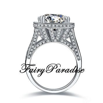 Art Deco 8 Ct Cushion Cut man made Diamond Halo Crown Setting Statement Cocktail Ring with gift box- made to order #IdeasforValentine'sDay #solitairering #manmadediamond #labmadediamond #Etsy #birthstone#bling #promisering #FairyParadise #diamondring #girlsnight #birthdaygirl #engagementring #anniversary #love #sparkles #jewelry #Finejewelry #tiffany #inexpensivewedding #cocktailring