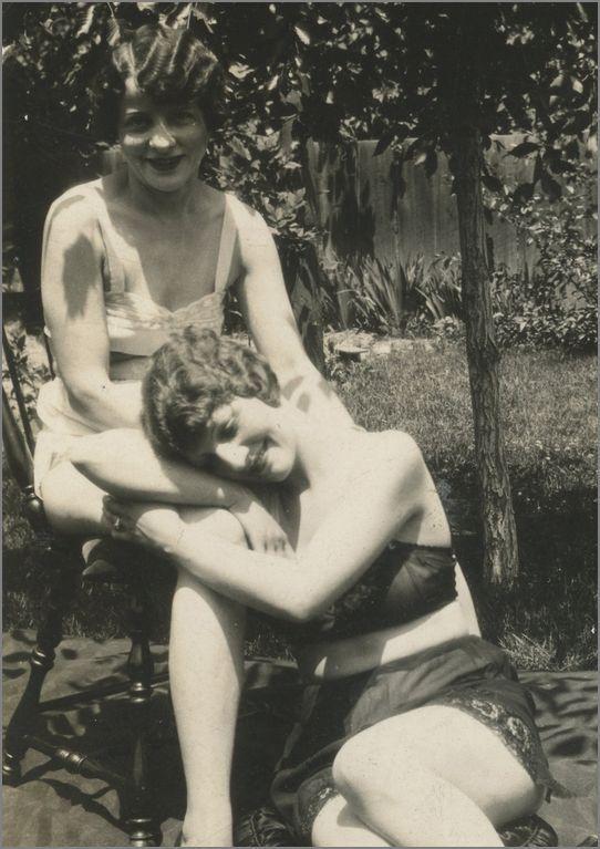 Vintage Lesbian Couples