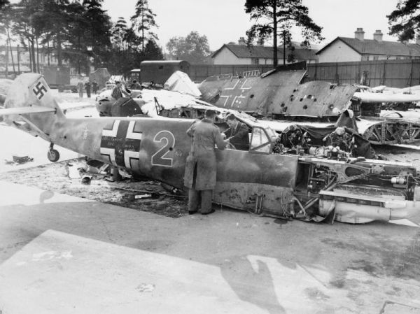 an introduction to the history of the battle of britain during world war ii An raf fighter station in england during the battle of britain, world war ii, 16th august 1940 credit: 2010 getty images ben farmer , defence correspondent.