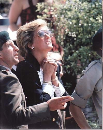 1990-05 Diana watches an exercise at the Royal Marines Commando Training Centre in Lympstone, Devon
