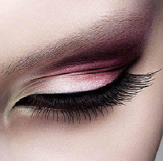 Adicta de La Moda..*: Ojos ahumados en tonos rosas