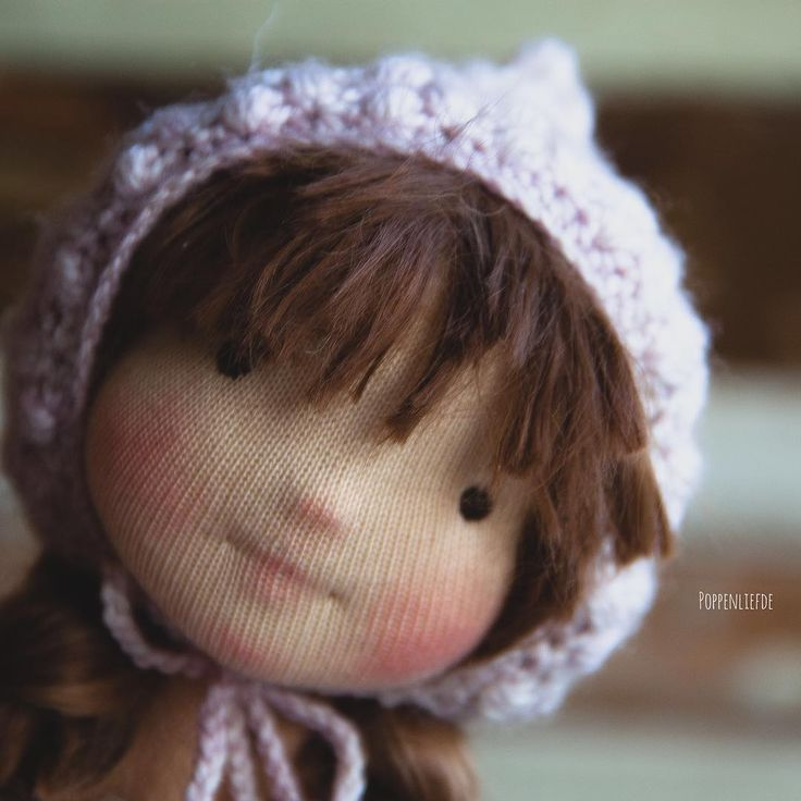 """""""I'm still working on this 9"""" girl. I gave her bangs what was sooooooo exciting for me. I was terrified to ruin her alpaca locks ✂️ #dollmaker #dollmaking…"""""""