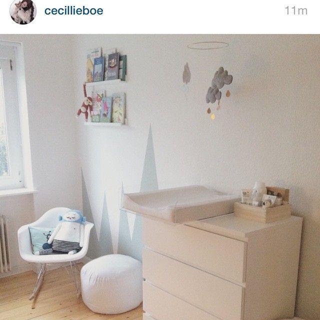 """65 Synes godt om, 29 kommentarer – BabySafebase (@babysafebase) på Instagram: """"Denne løsning er vi ret vilde med ☁️⚪️⚫️ #babysafebase #baby #plexiglas #danskdesign #base…"""""""