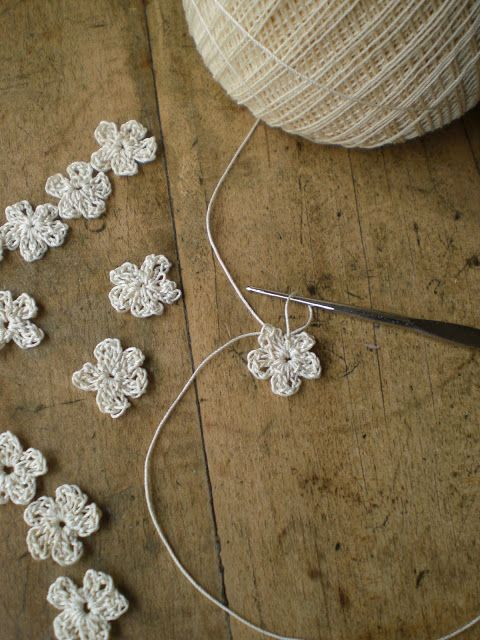 How to crochet these delightful flowers - very useful for embellishments for so many projects