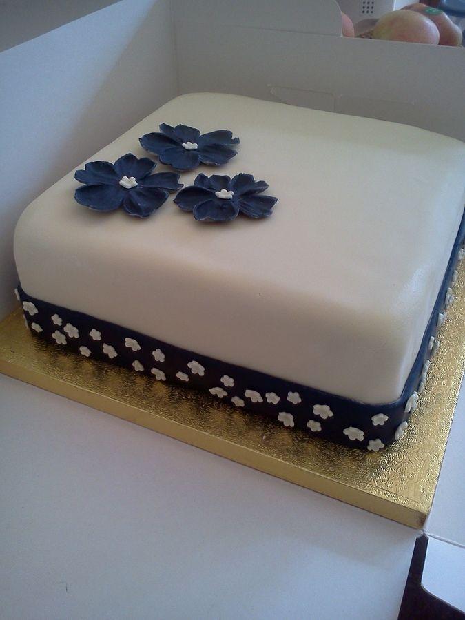 Square Birthday Cake For Ladies