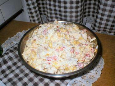 Sałatka z tuńczyka i ryżu - Przepisy kulinarne - Sałatki
