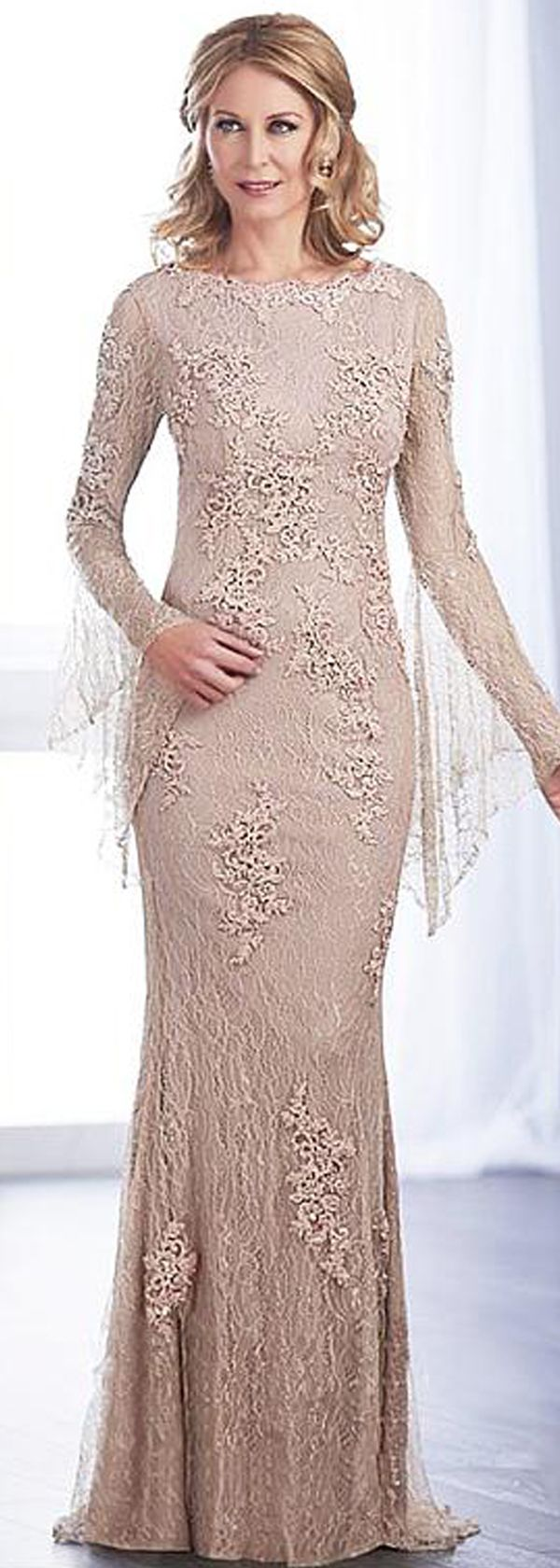 Romantic Tulle Bateau Neckline Poet Sleeves Floor-length Sheath/Column Mother Of The Bride Dresses With Beaded Lace Appliques
