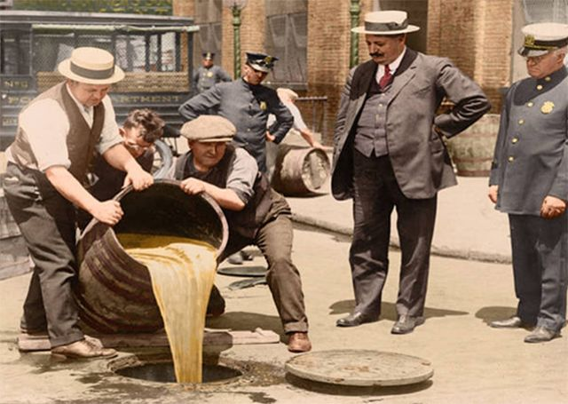 Amazing Colorized Photos of American Prohibition from the 1920s and 1930s
