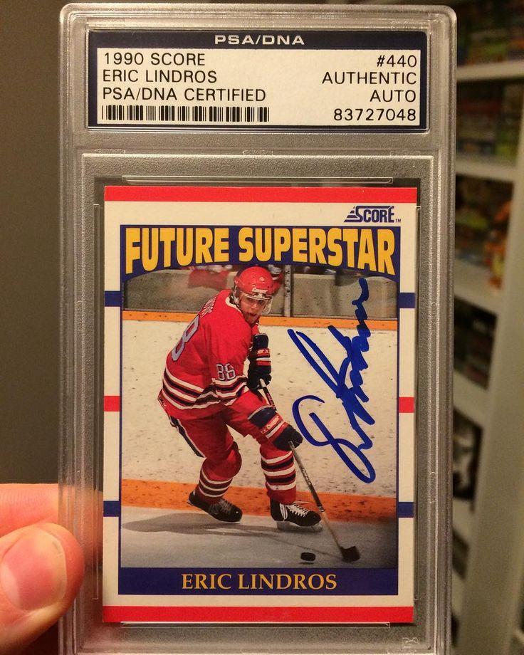What a great card! Eric Lindros Autographed score rookie! #ericlindros #teamcanada #oshawa #oshawagenerals #philadelphia #philadelphiaflyers #halloffame #bige #legionofdoom #autograph #88