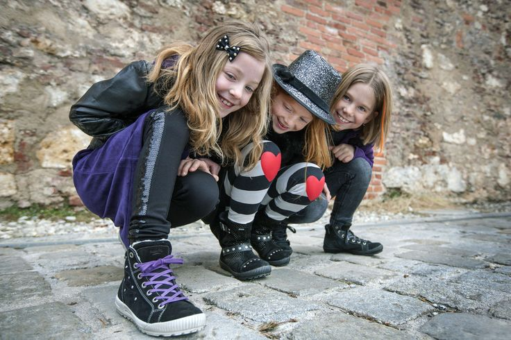 Super girls wear Superfit shoes!