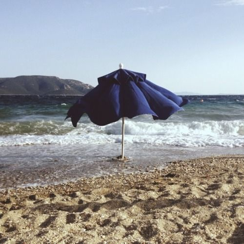 Ομπρέλα μονάχη #vsco #vscocam #minimal #summer #in #grecce