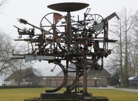 Jean Tinguely Kinetic Sculpture Jean tinguely - heureka