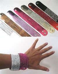 Price: $5.99   	  Fun faux crystal cuff bracelets to wear for your hooping sessions, fitness classes, or for fun dress up occasions.  Available in six bright colors.  Buy 4 and get 1 FREE!  Indicate the colors you want in the comment section when you select this option.bodyhoops.com