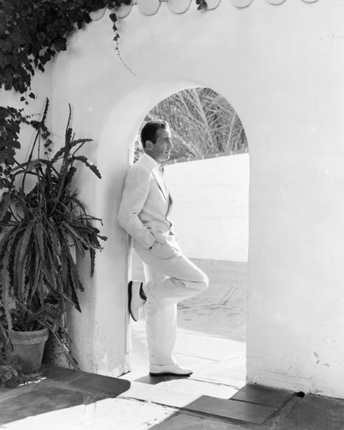 Humphrey BogartBogart Portraits And Icons, Style, Hollywood, Palms Spring, Humphrey Bogart, People, Bogie, Handsome Man, Classic