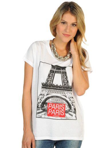 """Eleven Paris Eiffel W T-Shirt in der Farbe white,normale Passform,gerippter Rundhalsausschnitt,trendiger Fotoprint des Eifelturms mit dem Schriftzug """"PARIS PARIS"""",gerader Hüft- und Armabschluss,Länge in Größe S ca.58cm,unser Model trägt Größe S bei einer Körpergröße von 171cm"""