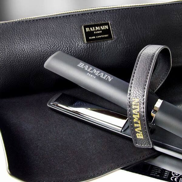 COMING SOON: PROFESSIONAL TITANIUM STRAIGHTENER Including luxurious pouch and heat mat! Smoothly gliding Titanium Floating Plates for a silky, shiny and healthy finish. Sign-up to our newsletter to be the first to know about the launch of BALMAIN HAIR COUTURE in South Africa. Photo from Balmain Hair Couture GlamIt.co.za/sign-up