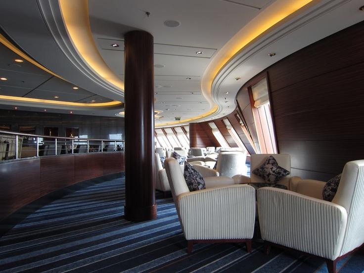 more commodore lounge