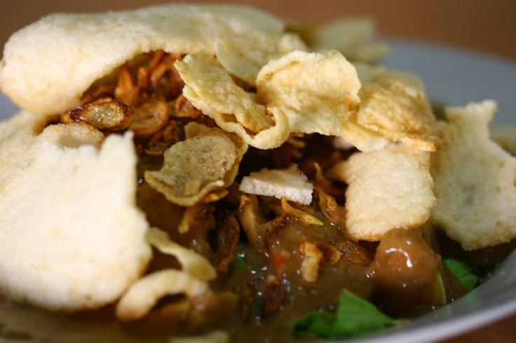 Gado-Gado Makanan khas kota surabaya  #pinyourcity Contest: I Love Surabaya