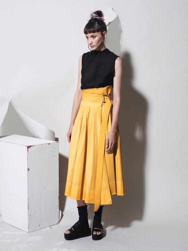 MINIMAL TO | ALLURE DELICATO, FEMMINILITÀ SUSSURRATA . Minimal to è un progetto fatto di ricerca, design curato, passione e alta professionalità dei tre fondatori Elisa Mazza, Danila Olivieri, Stefano Sberze. Scopri di più su http://ob-fashion.com/minimal-to/  #emergingdesigner #emergingtalents #fashion #trends #ootd #wiwt  #اتجاهات #тенденции #トレンド #ファッション #мода #موضة #womenswear  #ювелирные #مجوهرات #ジュエリ #madeinitaly #actn1  #luxury #obfashion #obtalents