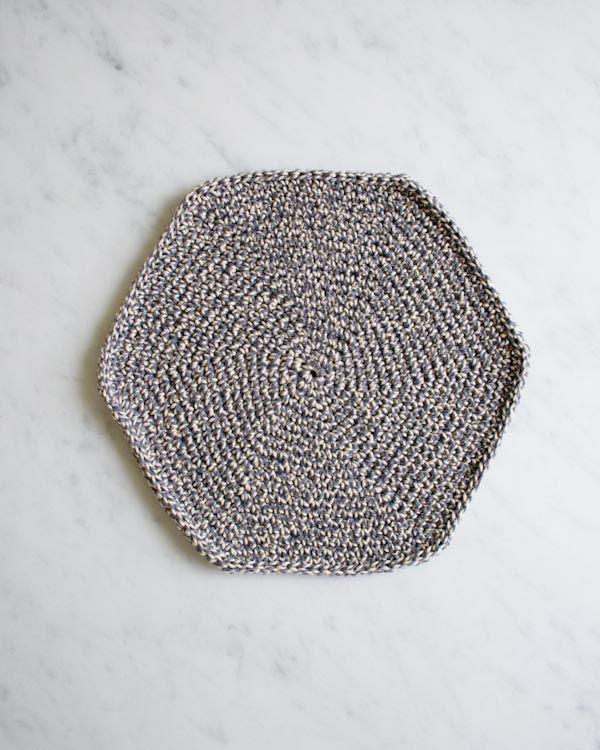 Beehive Knitting Wool Holder : Crocheted pot holder crochet knit household items