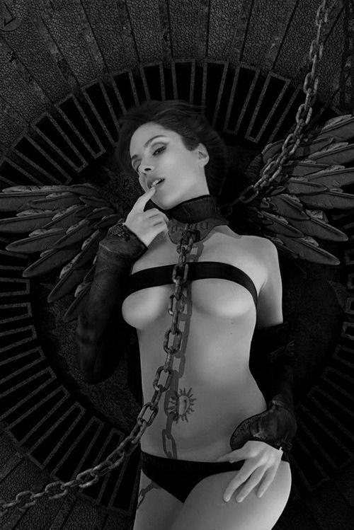Angel *Orja*