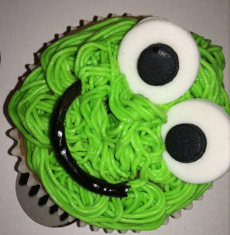 Green monster cupcake