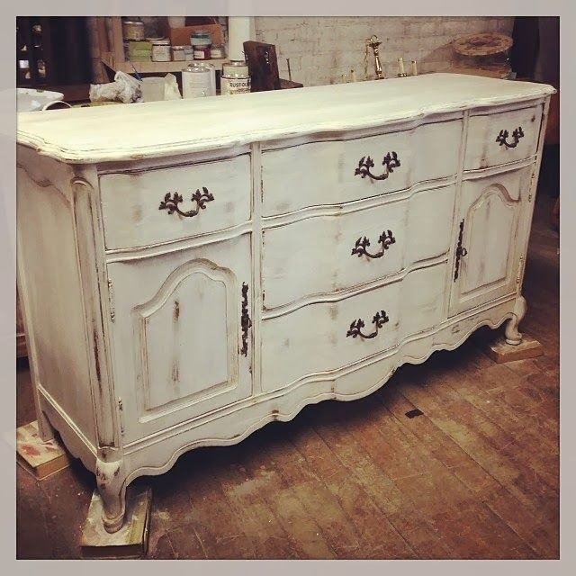 Hand Me Downs By Hanson Before After Pics Using Amy Howard One Step Paint In Selznick Grey