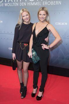 Pin for Later: Kennt ihr schon die Geschwister der Stars? Cheyenne und Valentina Pahde GZSZ Star Valentina ist oft gemeinsam mit ihrer Schauspieler-Schwester auf dem roten Teppich zu sehen.