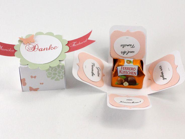 Hallöchen meine Lieben, hier habe icheine kleine Mini-Explosion Box für Ferrero Küsschen für euch. Diese kleine Box habe ich 60 Mal gefertigt, da es eine Auftragsarbeit für einen 60 Geburtstag mit 60 Gästen war :-) Vorgabe war nur: Kleine Aufmerksamkeit, … mehr