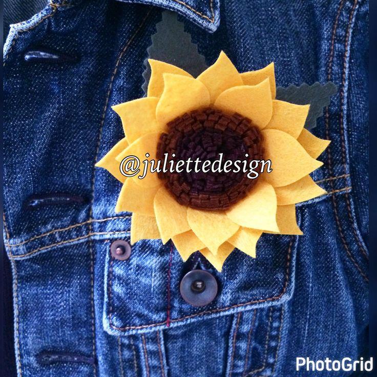Felt Flower Brooche, Felt Flower Pin, Brooche, Pin, Sunflower Brooche, Handmade Brooche by juliettesdesigntr on Etsy https://www.etsy.com/listing/507129114/felt-flower-brooche-felt-flower-pin