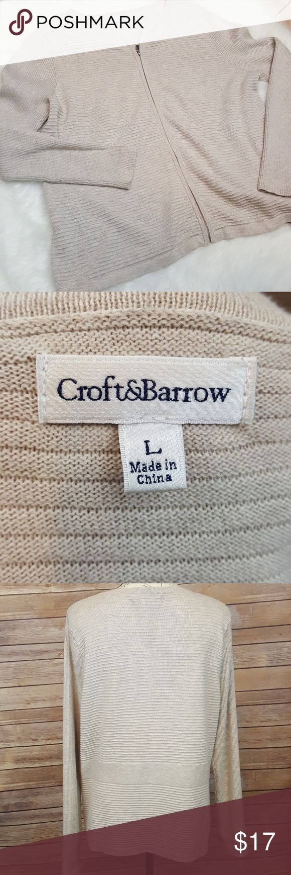 Croft and Barrow Women Large Cream Beige Cardigan EUC Thin knit zip up striped cardigan from Croft & Barrow in a size large.  Color is a mix of cream and beige, a good neutral item for any closet. Croft & Barrow Sweaters Cardigans