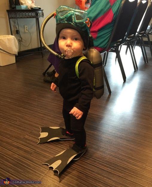 Littlest Scuba Diver - Halloween Costume Contest via @costume_works