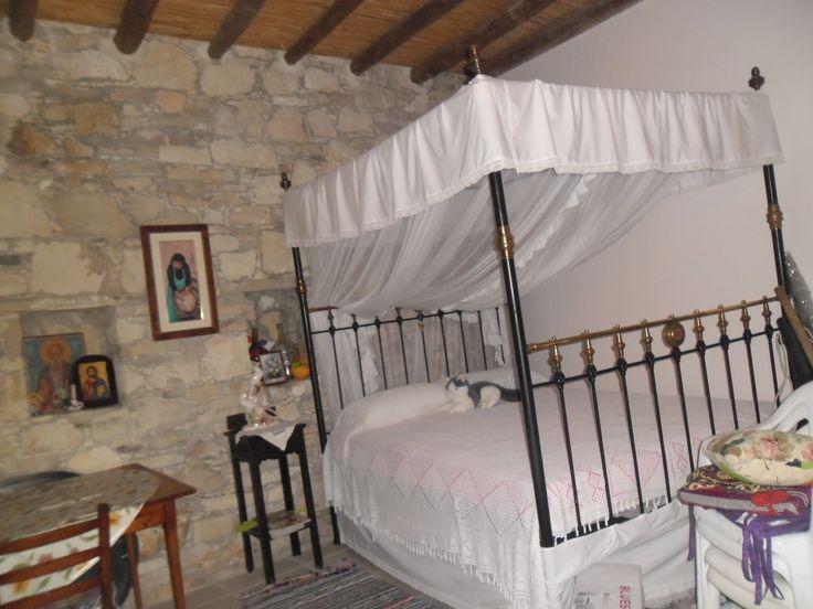 Παραδοσιακή ζωή-Παραδοσιακό Κρεβάτι με ουρανό-Βάσα