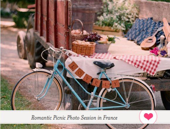 LOVELY romantic picnic