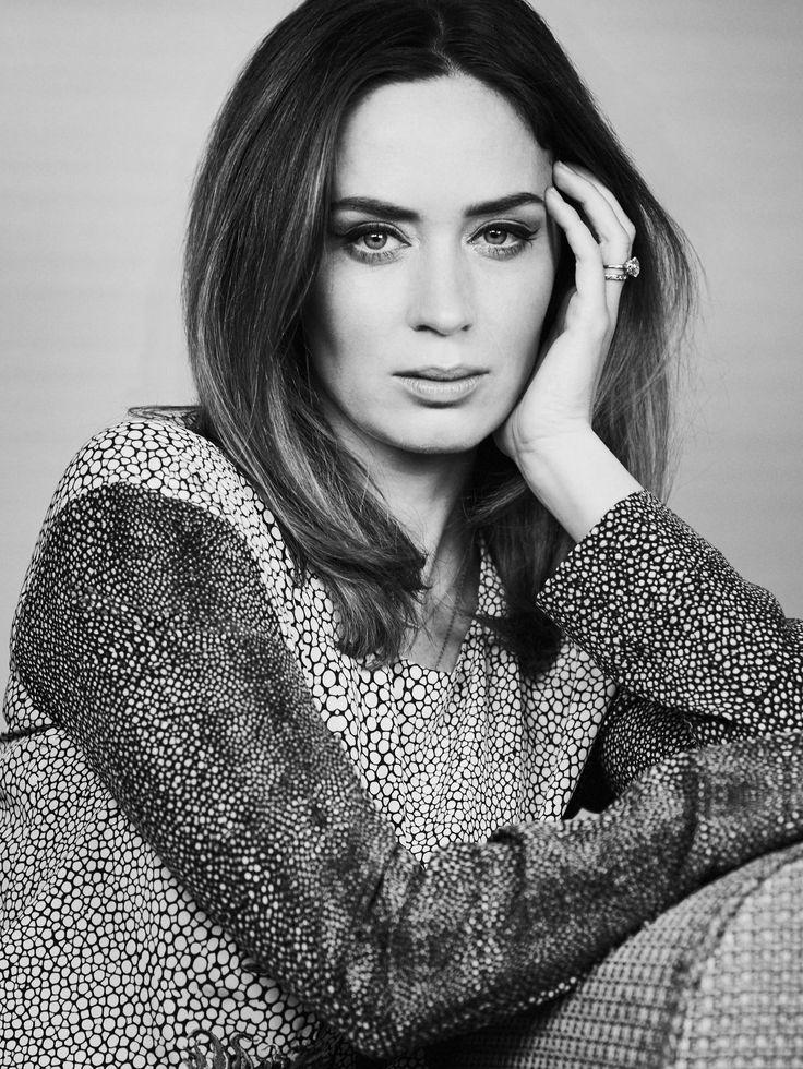 Эмили Блант — Backstage 2014