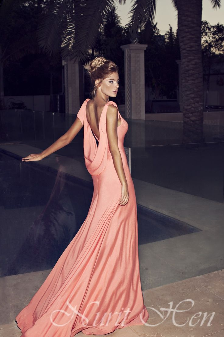 cc26790676 10 Preciosos Vestidos de Noche por Nurit Hen - Vestidos Mania
