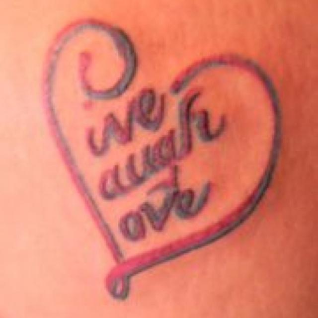 Love this tattoo!!!! Live laugh love