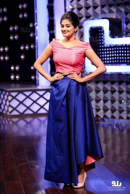 Priyamani in off sleeve rose pink crop top and navy blue skirt.#PRANAAH