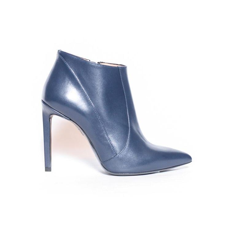 CE INCALTAMINTE DE IARNA TI SE POTRIVESTE?   #blog #article #newpost #fashion #style #arenamall #Bacau #wintersales #wintershoes Inspiratie: Zara, Bershka, Pull&Bear, Bon Ton, Stradivarius, H&M, Benvenuti, Otter, La Scarpa, Mineli Boutique, Mexton, Coly Shoes, Eponge, Deichmann, Reserved și nu numai…