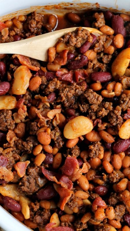 Beef and Bacon Baked Beans Recipe ~ Perfect baked beans made extra meaty with ground beef and bacon! Full of flavor, easy to make, and a great side for parties, cookouts, or tailgating!