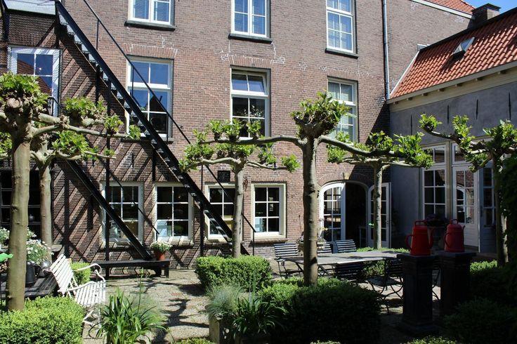 BONHEUR  • Deze week in de winkelblog Bonheur Steenwijk!   Lees ->https://kunstinkaart.nl/bonheur-binnen-en-buiten-steenwijk/  Shop Steenwijk -> https://kunstinkaart.nl/product-category/thenetherlands/steenwijk/