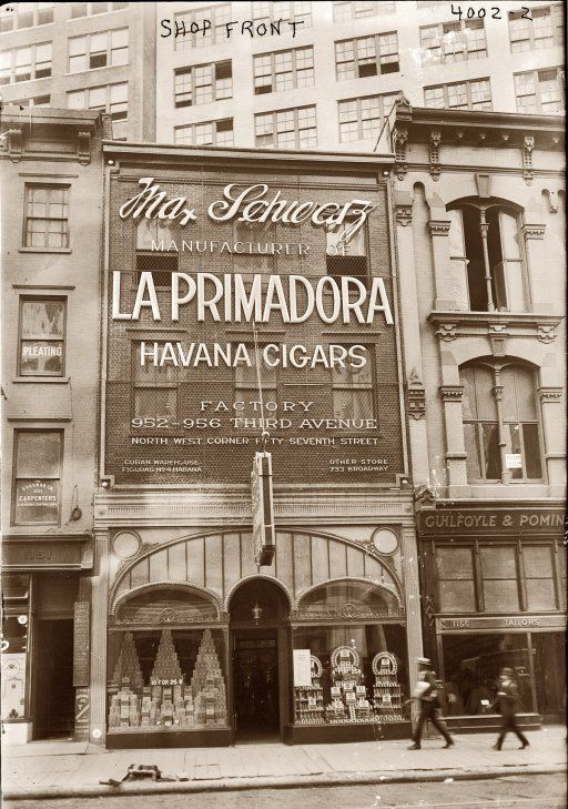 La Primadora cigar shop at 1153 Broadway in New York circa 1920. The owner, civic leader and entrepreneur Max Schwarz, died in 1940.