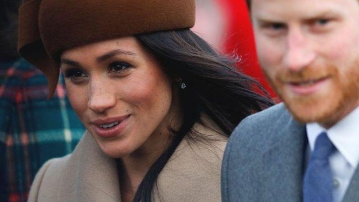 The Royal Family attend church in Sandringham - BBC News