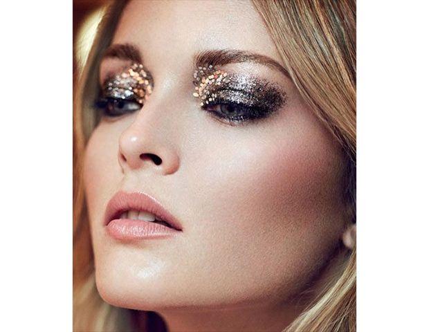 Pinterest BeautyBeautiful Makeup, Holiday Makeup, Inspiration, Glitter Makeup, Glitter Eye Makeup, New Years Eve, Smokey Eye, The Holiday, Glitter Eyeshadows