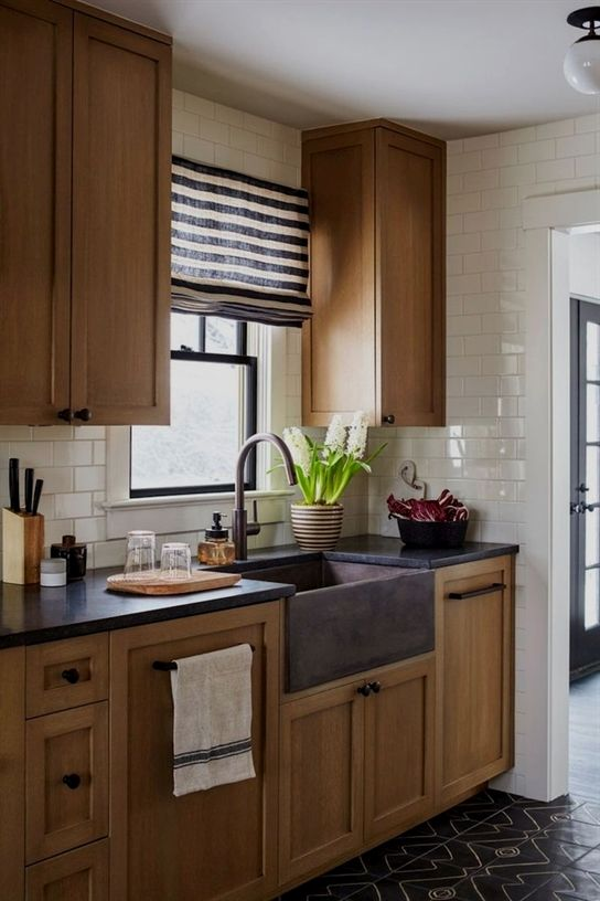 Best Rustic Farmhouse Kitchen Cabinets In List 96