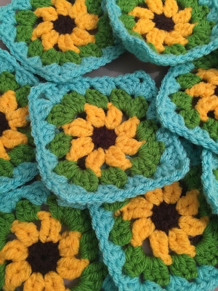 Granny Squares Crochet Flower Pack Of 30  | eBay